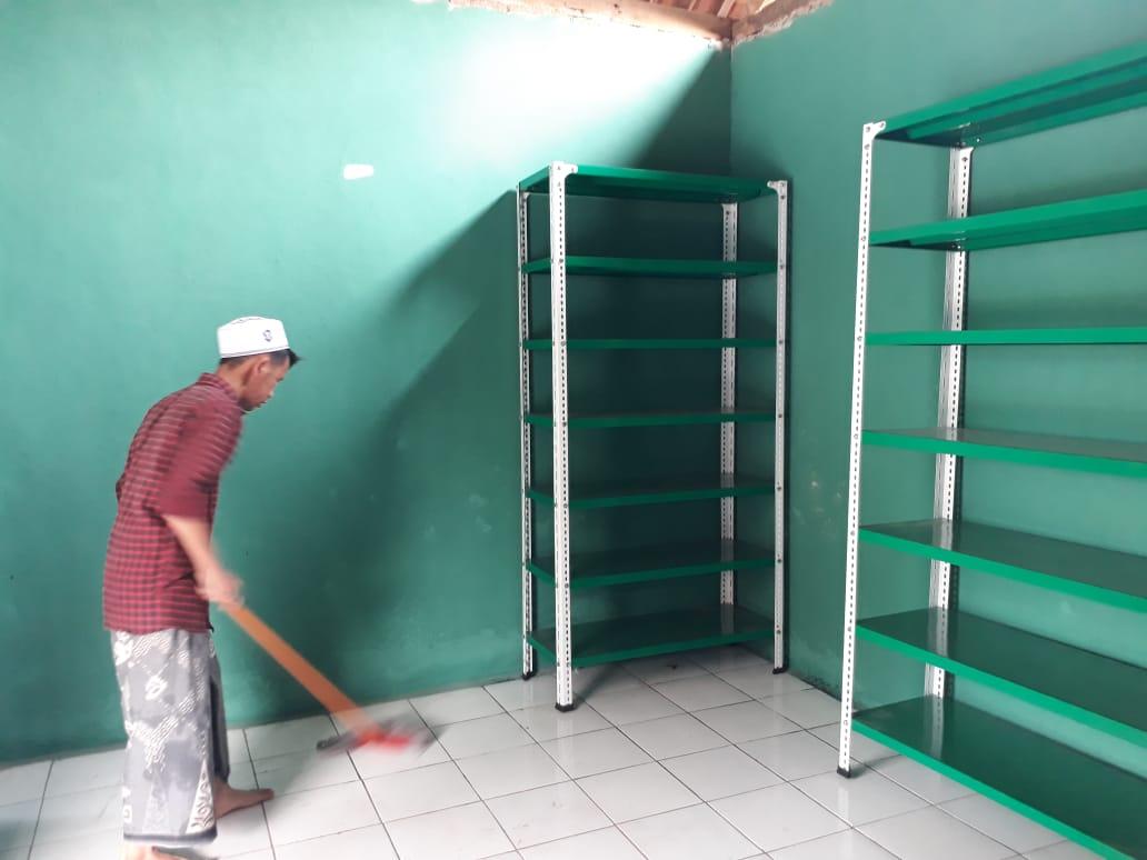 Renovasi Rumah Baca An Nuur08